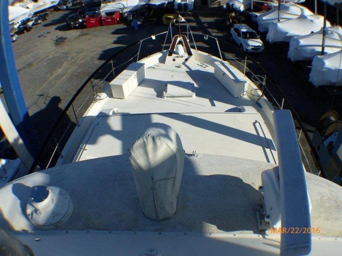 1979 Hatteras 53 Motor Yacht Photo 9 of 27