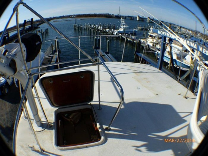 1979 Hatteras 53 Motor Yacht Photo 12 of 27
