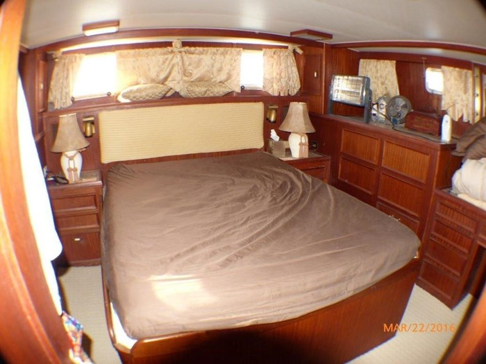 1979 Hatteras 53 Motor Yacht Photo 24 of 27