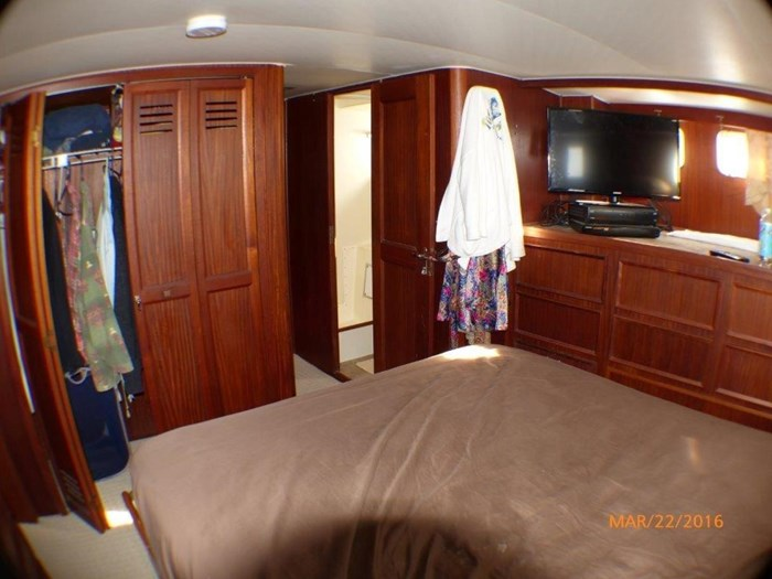 1979 Hatteras 53 Motor Yacht Photo 25 of 27