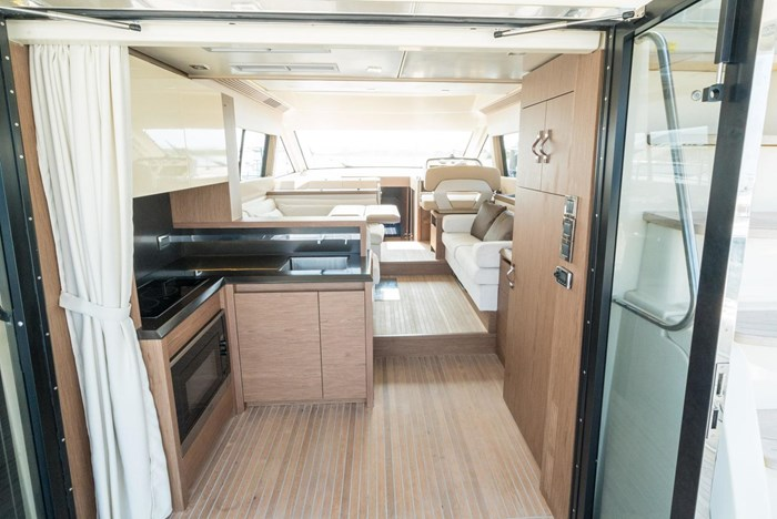2018 Beneteau MC5 Photo 11 sur 49