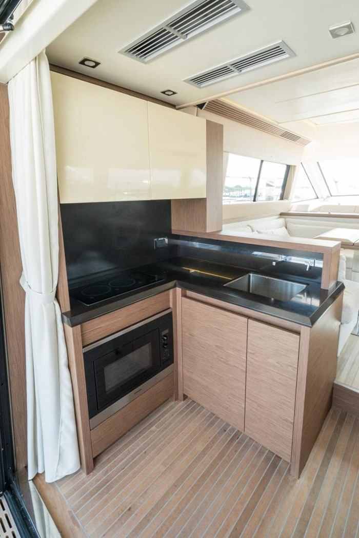 2018 Beneteau MC5 Photo 15 sur 49