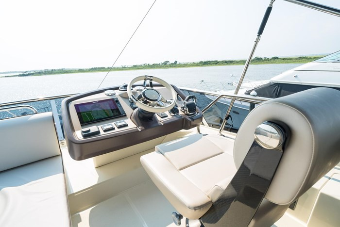 2018 Beneteau MC5 Photo 35 sur 49