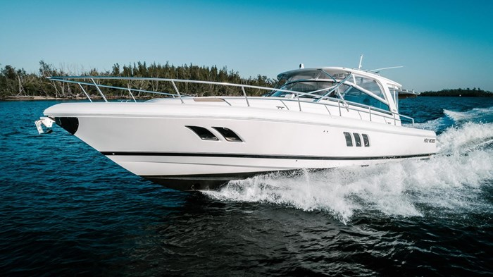 Intrepid 475 Sport Yacht 2014 Used Boat for Sale in Fort Lauderdale,  Florida - BoatDealers ca