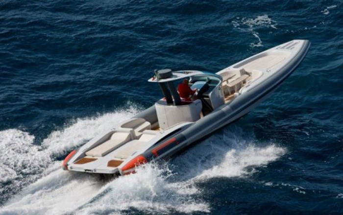 2020 Pirelli PZero 1400 Yacht Edition Photo 5 sur 18