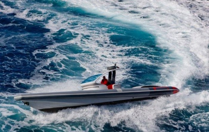 2020 Pirelli PZero 1400 Yacht Edition Photo 7 sur 18