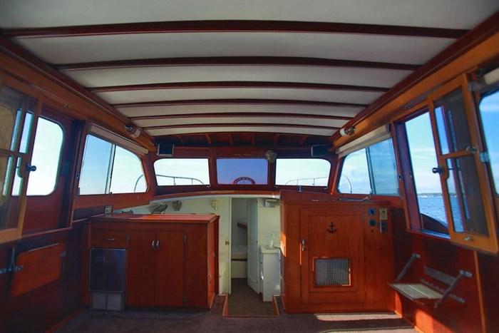 1953 Chris-Craft Flybridge Motor Yacht Photo 28 sur 53