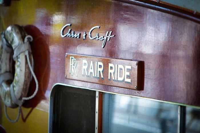 1953 Chris-Craft Flybridge Motor Yacht Photo 52 sur 53