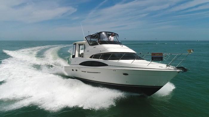 2004 Carver 444 Cockpit Motor Yacht Photo 2 sur 30