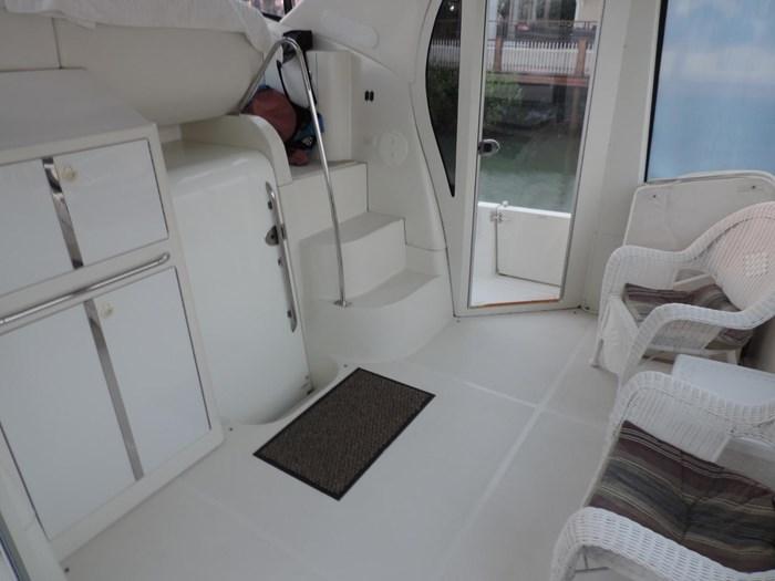 2004 Carver 444 Cockpit Motor Yacht Photo 8 sur 30