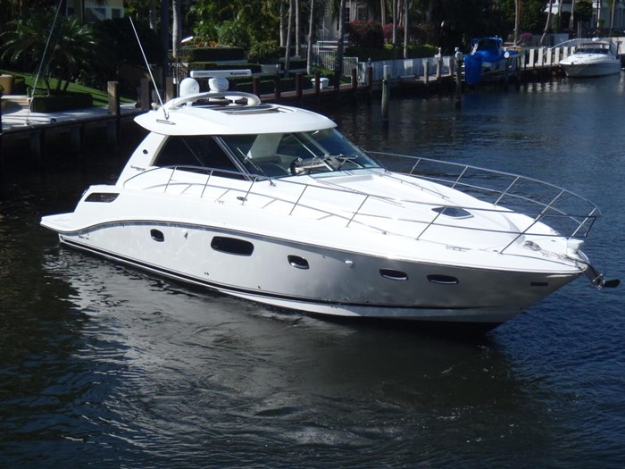 2012 Sea Ray 450 Sundancer Photo 2 sur 50