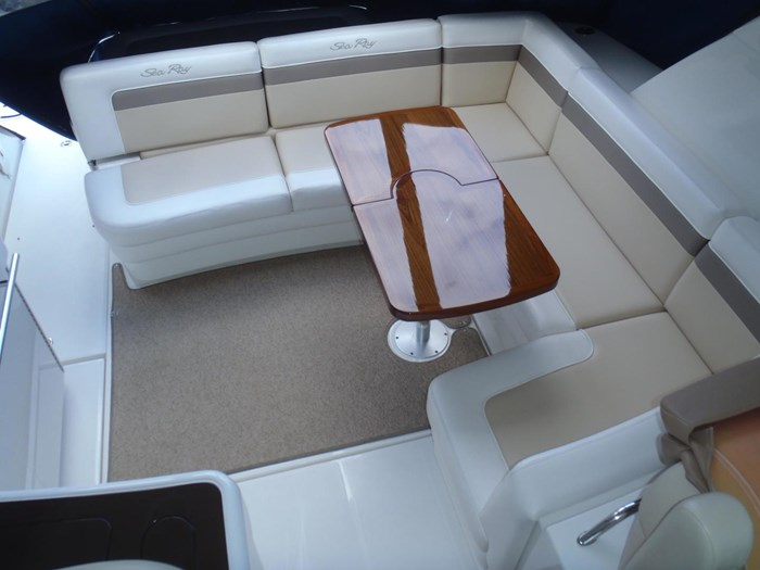 2012 Sea Ray 450 Sundancer Photo 22 sur 50
