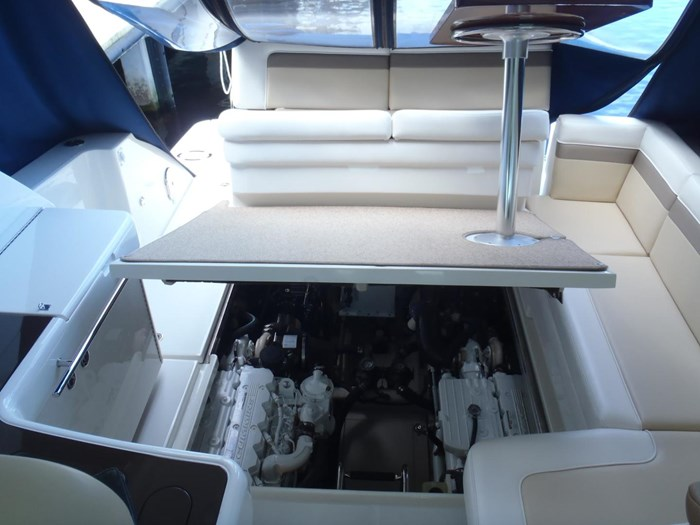2012 Sea Ray 450 Sundancer Photo 41 sur 50
