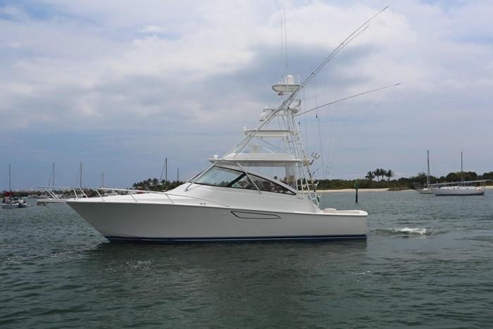 2014 Viking Yachts 42' Open Photo 1 of 32