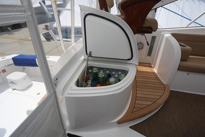 2014 Viking Yachts 42' Open Photo 10 of 32