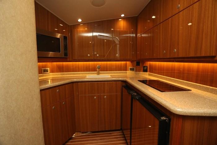 2014 Viking Yachts 42' Open Photo 20 of 32