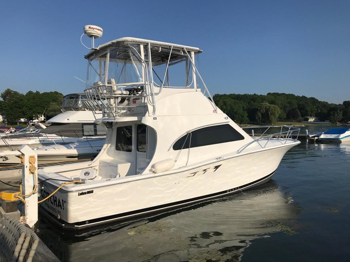 2001 Luhrs 36 Convertible Photo 1 of 22