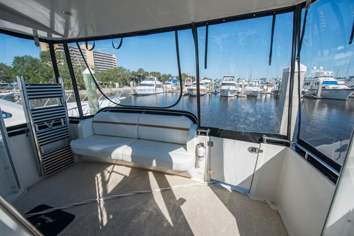 2005 Carver 366 Motor Yacht Photo 9 sur 37