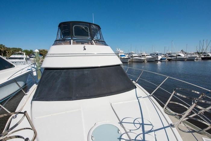 2005 Carver 366 Motor Yacht Photo 22 sur 37