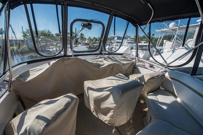 2005 Carver 366 Motor Yacht Photo 36 sur 37