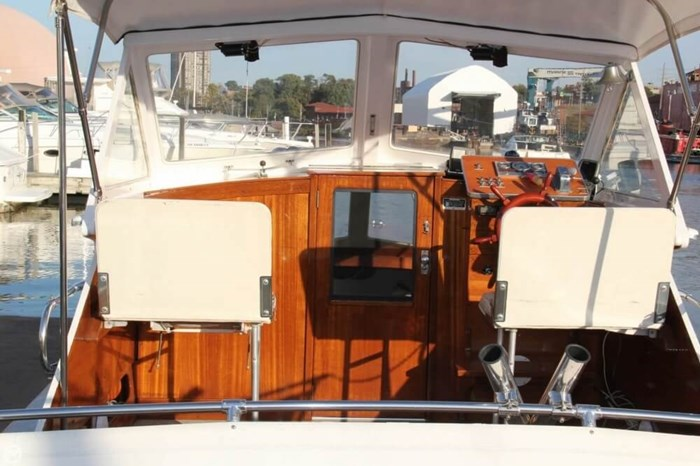 1969 Lyman 26 Express Cruiser Photo 3 of 20