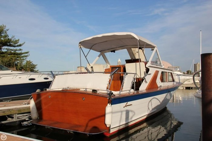 1969 Lyman 26 Express Cruiser Photo 4 of 20