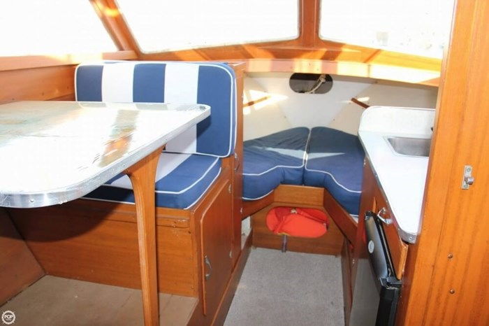 1969 Lyman 26 Express Cruiser Photo 9 of 20