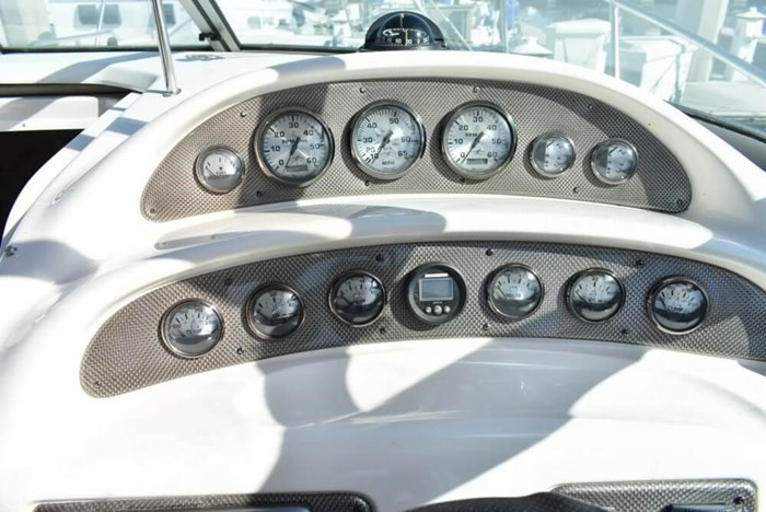 2000 Monterey 302 Cruiser Photo 10 of 20