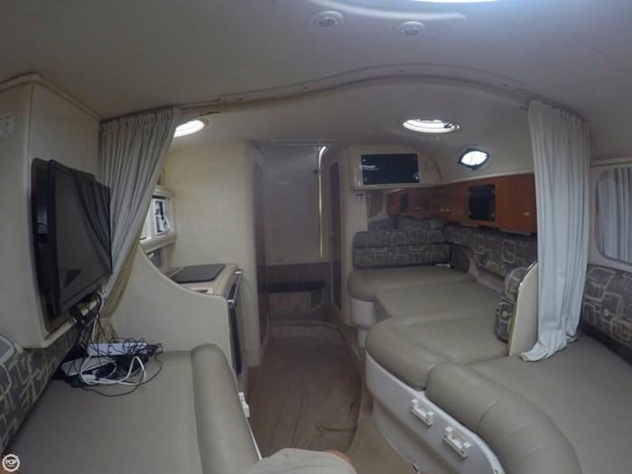 2000 Monterey 302 Cruiser Photo 18 of 20