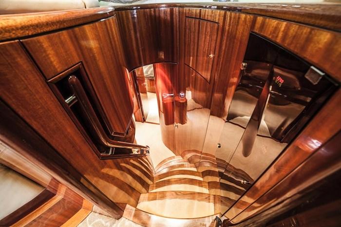 2007 Mystica Sky Lounge Photo 38 sur 69