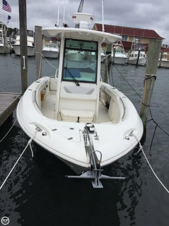 Boston Whaler 250 Outrage 2014 Used Boat for Sale in Montauk, New York -  BoatDealers ca