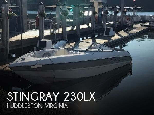 2005 Stingray 230LX Photo 1 of 6