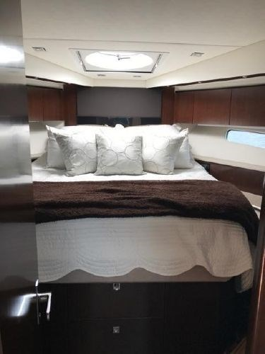 2014 Cruisers Yachts 48 Cantius Photo 13 sur 22