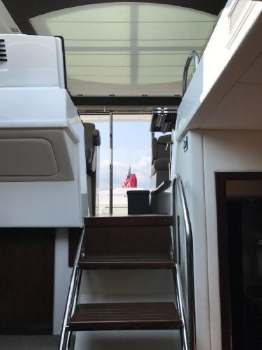 2014 Cruisers Yachts 48 Cantius Photo 15 of 22