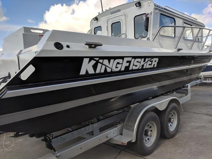 2019 KingFisher 2525 Weekender Photo 3 of 13