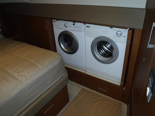 2012 Carver 54 Voyager Photo 47 of 56