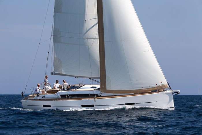 2021 Dufour Yachts Grand Large 460 Photo 3 sur 42