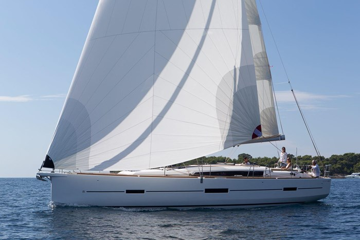 2021 Dufour Yachts Grand Large 460 Photo 4 sur 42