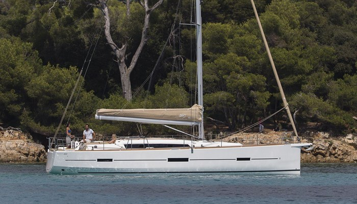 2021 Dufour Yachts Grand Large 460 Photo 8 sur 42