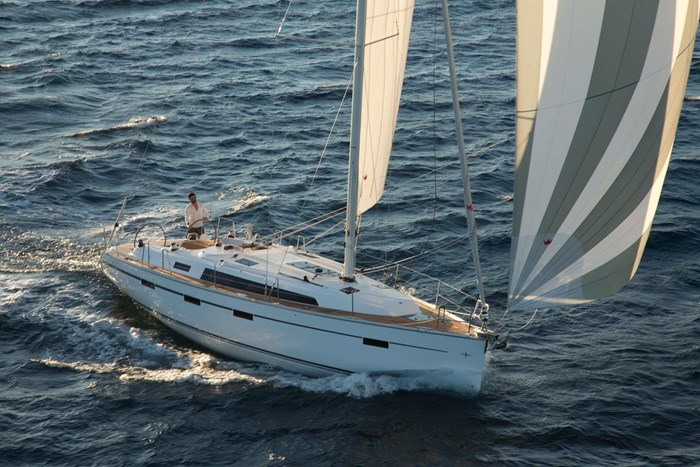 2019 Bavaria Cruiser 41 Photo 2 sur 16