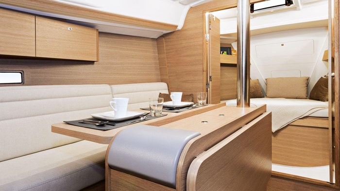 2020 Dufour Yachts Grand Large 310 Photo 10 of 16