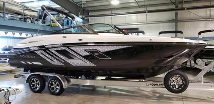 2019 Monterey M6 Bowrider Photo 1 sur 40