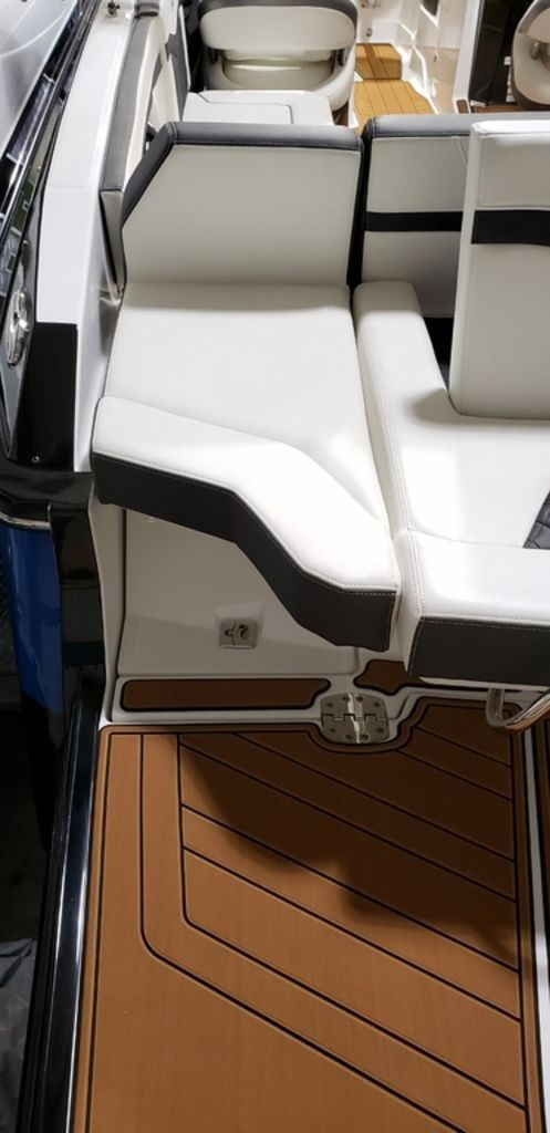 2019 Monterey 278SS Bowrider Photo 6 of 35