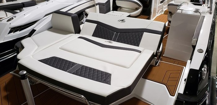 2019 Monterey 278SS Bowrider Photo 9 of 35