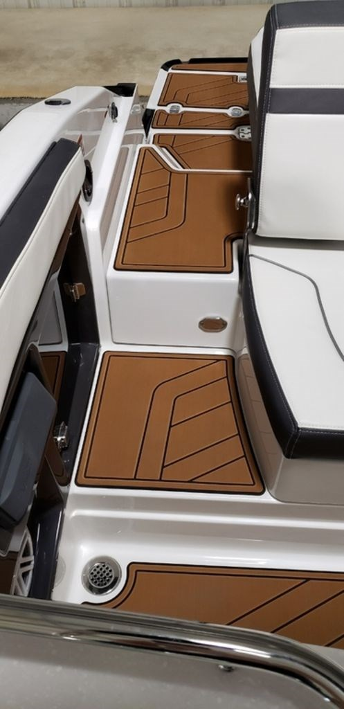 2019 Monterey 278SS Bowrider Photo 11 of 35