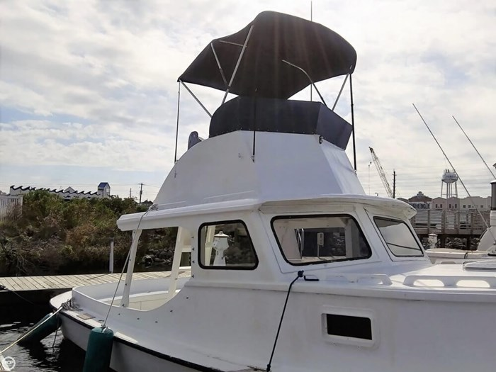 1988 Harkers Island 32 Cruiser Core Sounder Photo 5 of 20