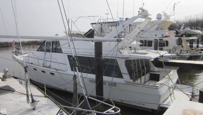 1993 Bayliner 4588 Motoryacht Photo 3 sur 20