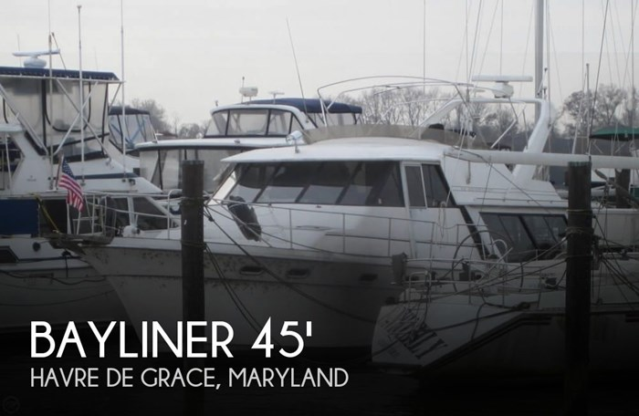 1993 Bayliner 4588 Motoryacht Photo 1 sur 20