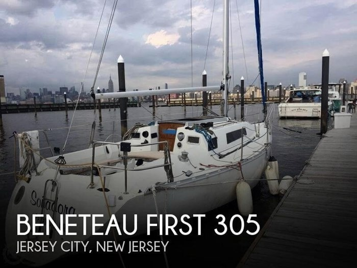1985 Beneteau First 305 Photo 1 sur 9