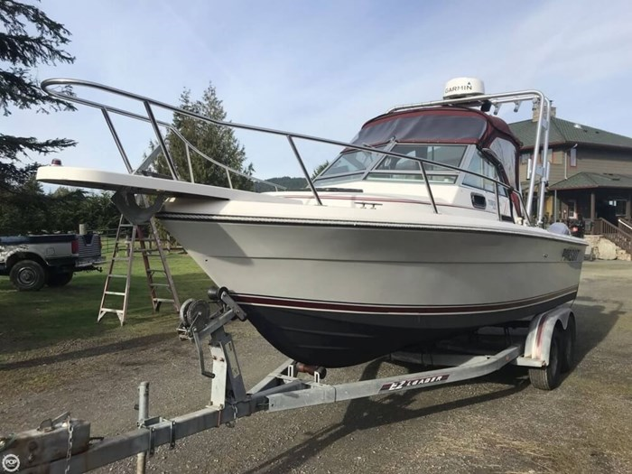 1985 Pursuit 2200 Tiara Photo 4 sur 20